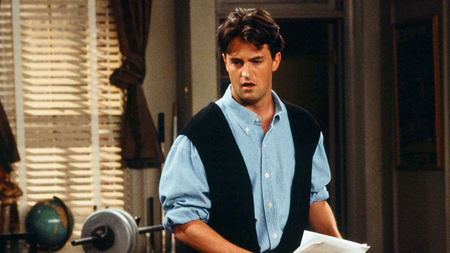 Was Chandler Bing supposed to be gay in Friends?